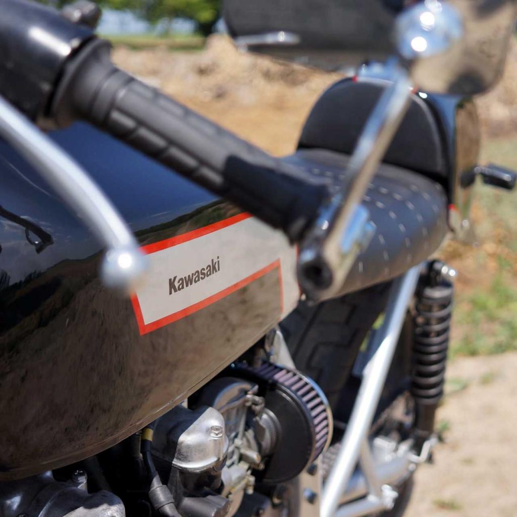 Kawa Z500 pourrie vers racer sympa et low cost>>> photos fin - Page 5 Compr510