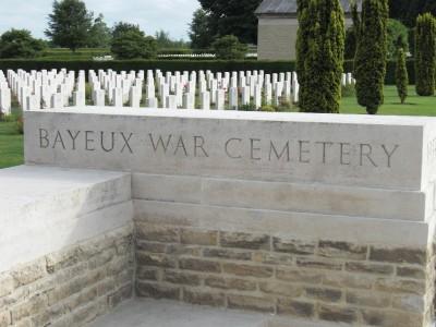 bataille de Normandie.......mon cadeau d'anniversaire Cimeti11