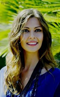 (F) OLGA FONDA || 24 ans || ex femme / mère de sa fille Sans_t43