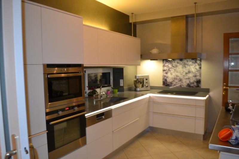 Fabrication d'une cuisine en frêne olivier Dsc_0028