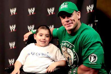 نجوم WWE يشاركون في مساعدة أطفال السرطان  410