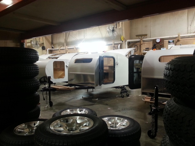 Quelques Photos de la fabrication des roulottes Pleasant Valley Teardrop Trailers 14922210