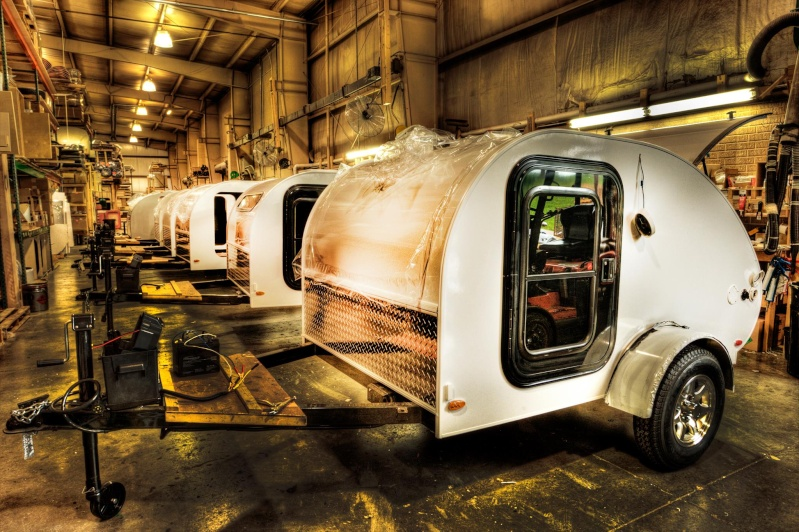 Quelques Photos de la fabrication des roulottes Pleasant Valley Teardrop Trailers 14979910