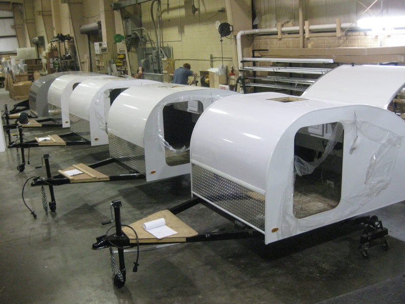 Quelques Photos de la fabrication des roulottes Pleasant Valley Teardrop Trailers 15562310