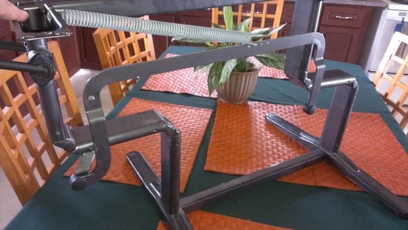 T@B 2013 un seul Poteau de table cental POURQUOI une telle erreur ??????  - Page 2 Imag1213