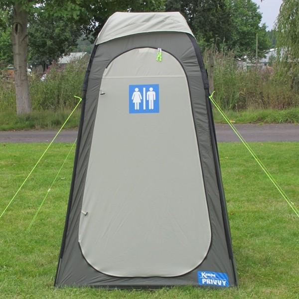 Une toilette sèche !!!!!!! Il suffisait d'y penser !!!!!  Kampa_10