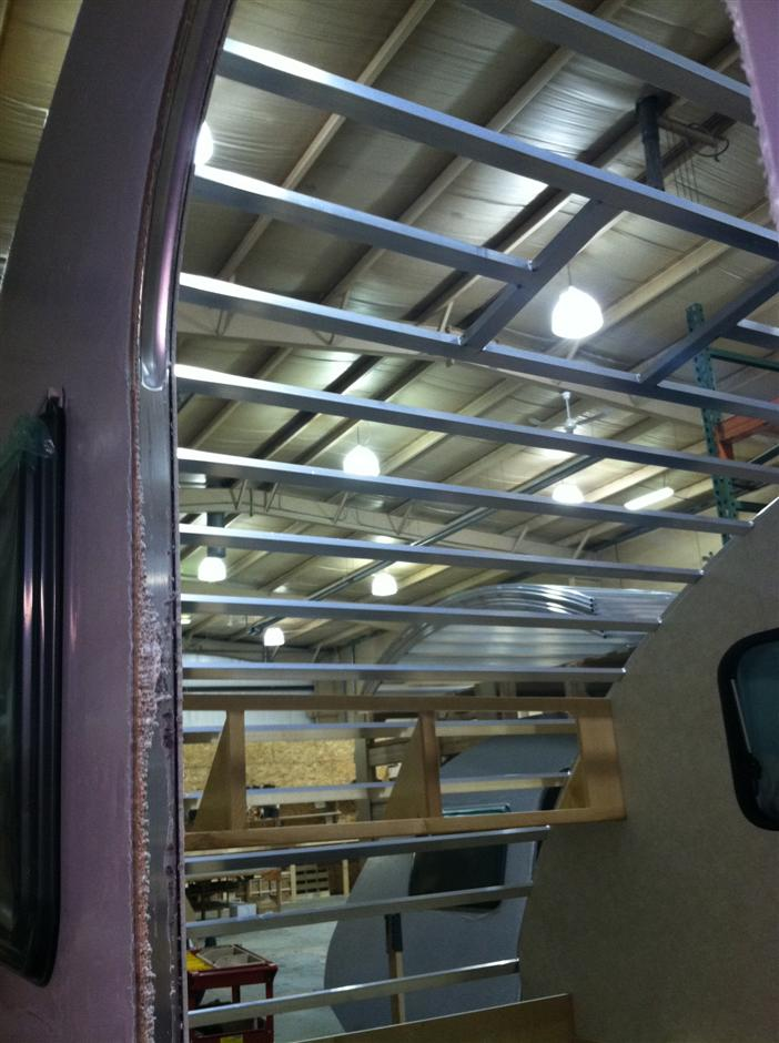 Quelques Photos de la fabrication des roulottes Pleasant Valley Teardrop Trailers Work-911