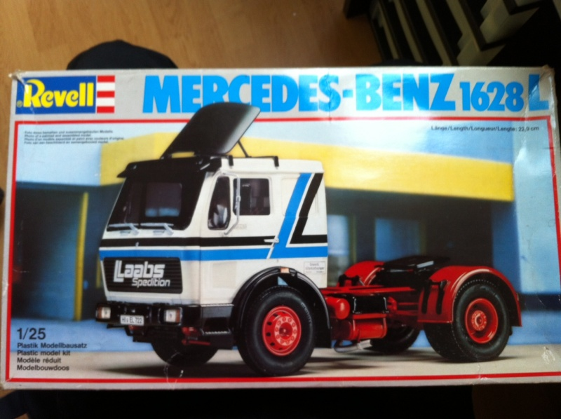 Camion Revell Mercedes 1628L 1/25 Photo_10
