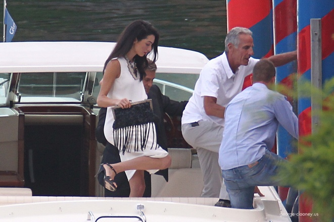 Photos surface of Clooney and Amal scouting wedding venues at Lake Como - Page 4 Amal10