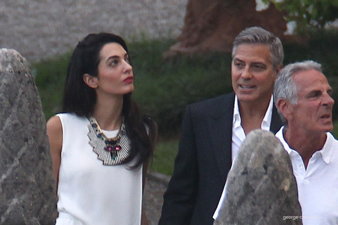 Photos surface of Clooney and Amal scouting wedding venues at Lake Como - Page 4 Amal210