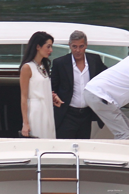 Photos surface of Clooney and Amal scouting wedding venues at Lake Como - Page 4 Amal510