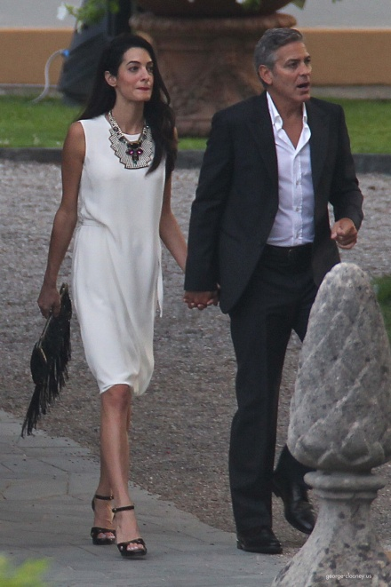 Photos surface of Clooney and Amal scouting wedding venues at Lake Como - Page 4 Amal610