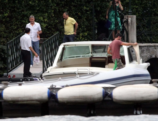 George Clooney on a yacht Bot310