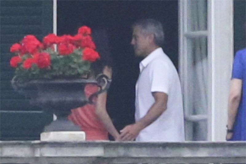 George Clooney and Amal in Laglio (with her mother)  Como310