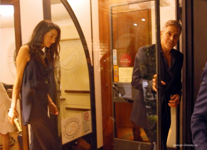 George Clooney & Fiancee Amal Alamuddin Make It a Family Night in Italy! - Page 2 Door10
