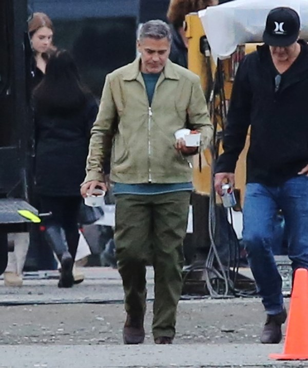 George Clooney on the set of Tomorrowland to reshoot in Vancouver Gg310