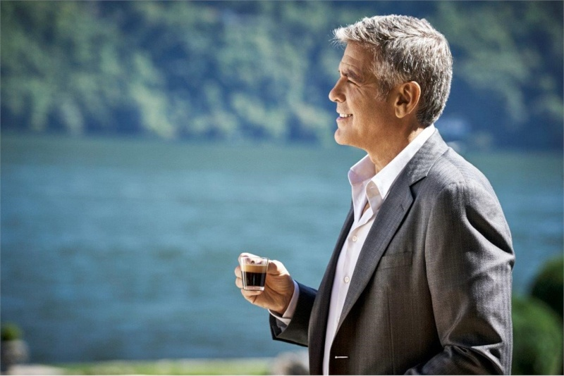George Clooney and JEAN DUJARDIN doing a new NESPRESSO SPOT - Page 4 It310