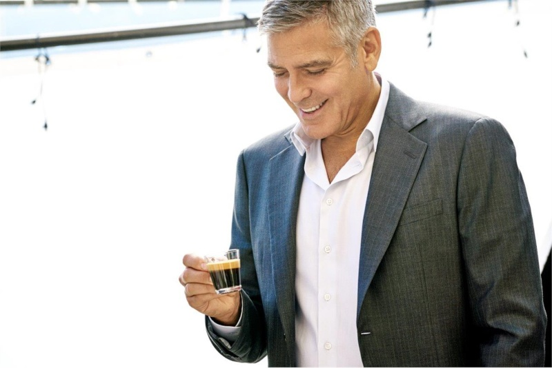 George Clooney and JEAN DUJARDIN doing a new NESPRESSO SPOT - Page 4 It610
