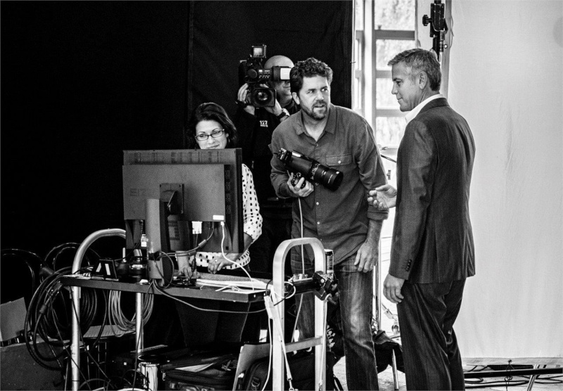 George Clooney and JEAN DUJARDIN doing a new NESPRESSO SPOT - Page 4 It810
