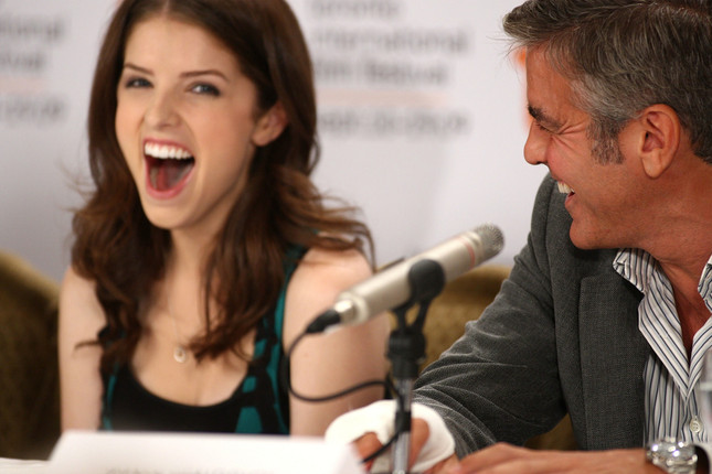 George Clooney Calmed Down a Nervous Young Anna Kendrick by Throwing Nerf Balls at Her Jajaja10