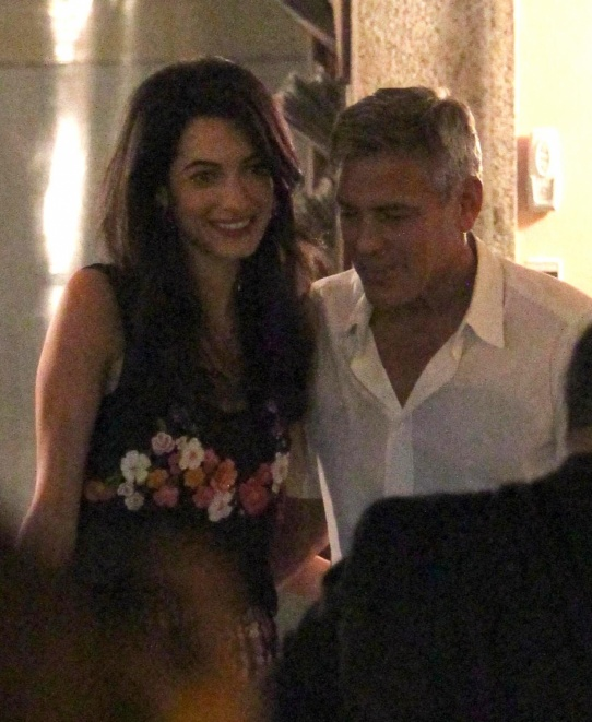 George Clooney & Fiancee Amal Alamuddin Step Out for Romantic Dinner at Harry's Bar! - Page 2 Kim210