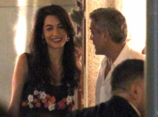 George Clooney & Fiancee Amal Alamuddin Step Out for Romantic Dinner at Harry's Bar! - Page 2 Kim310