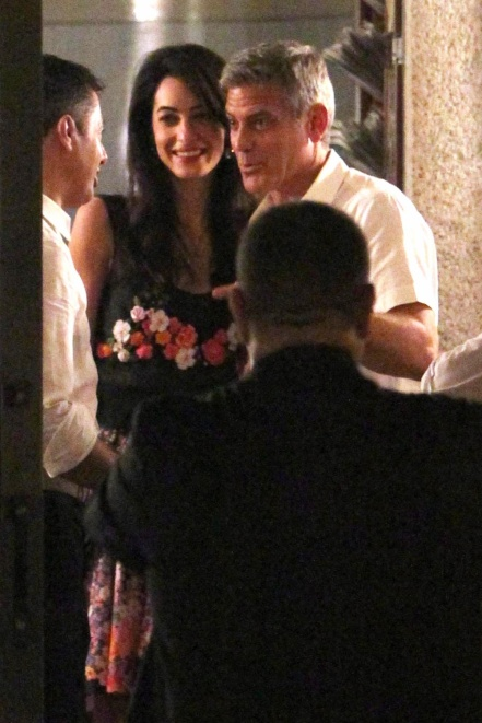 George Clooney & Fiancee Amal Alamuddin Step Out for Romantic Dinner at Harry's Bar! - Page 2 Kim710