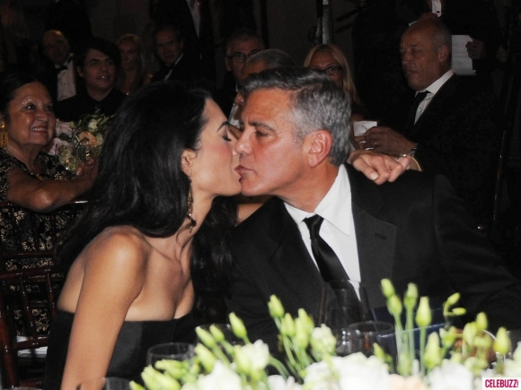 George Clooney and Amal to visit the Celebrity Fight Night Foundation in Florence - Page 4 Kiss211