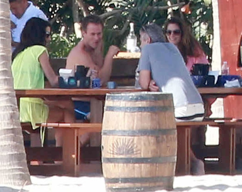 George Clooney & Amal Vacationing In Cabo With Cindy Crawford & Rande Gerber and the boys Mex10