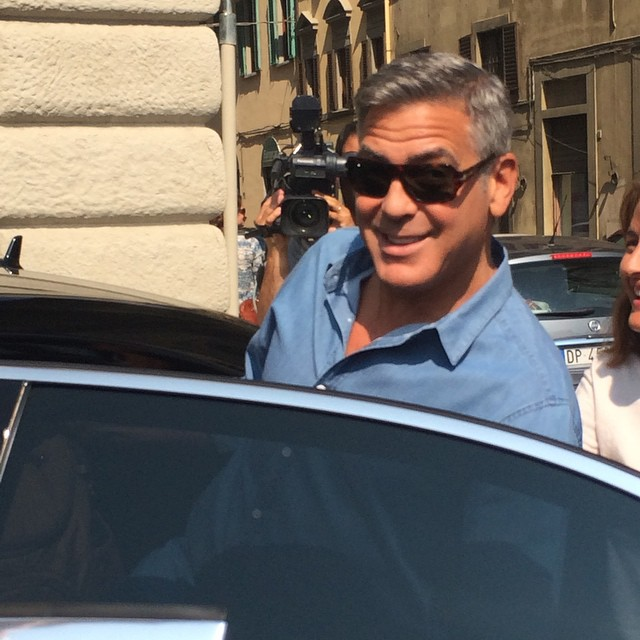 George Clooney leaving Florence Mornin10