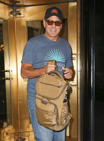 George Clooney at the Carlyle hotel after ComicCon promo Neu314