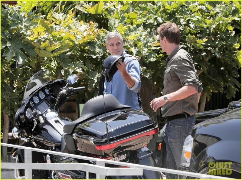 George Clooney and Rande Gerber at Cafe Habana Neu410
