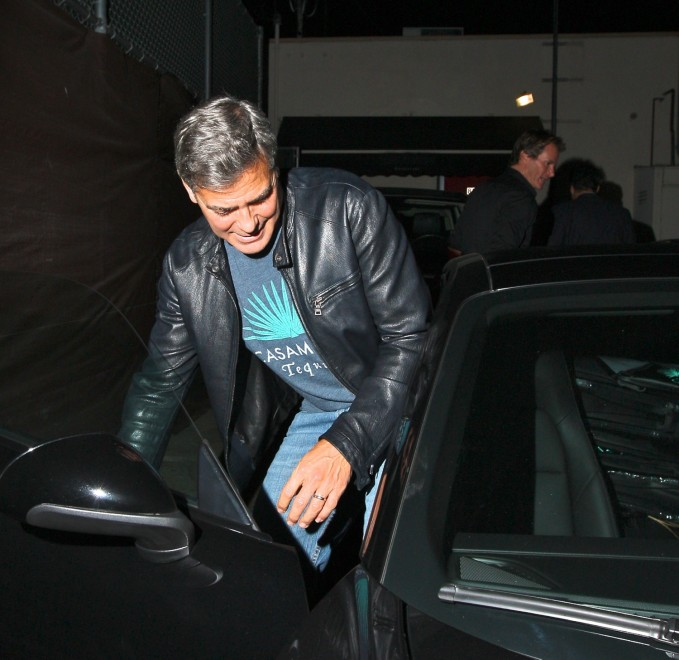 George Clooney out at Saturday night in Hollywood Neu415
