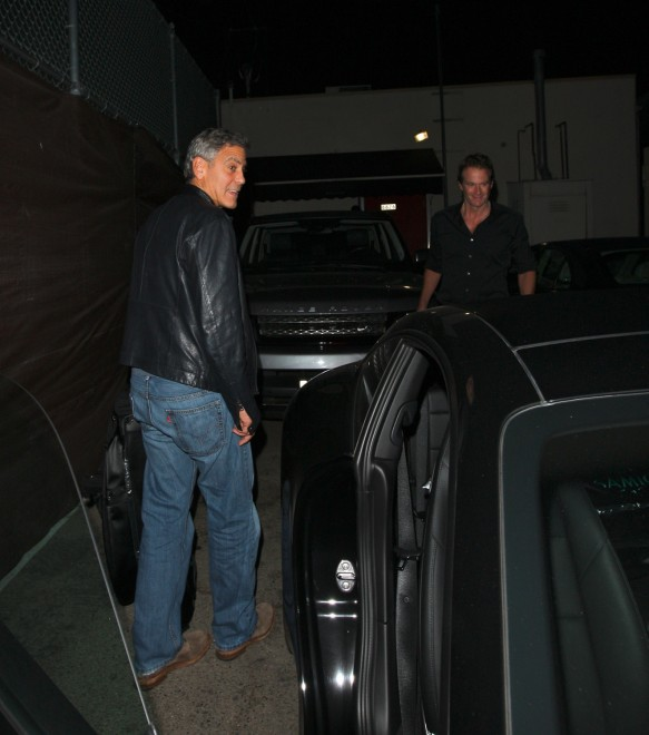 George Clooney out at Saturday night in Hollywood Neu711