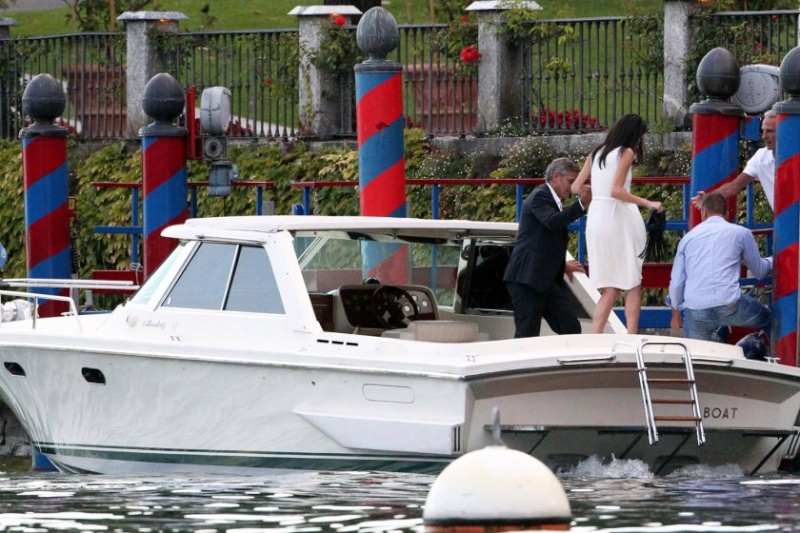 Photos surface of Clooney and Amal scouting wedding venues at Lake Como Ven211