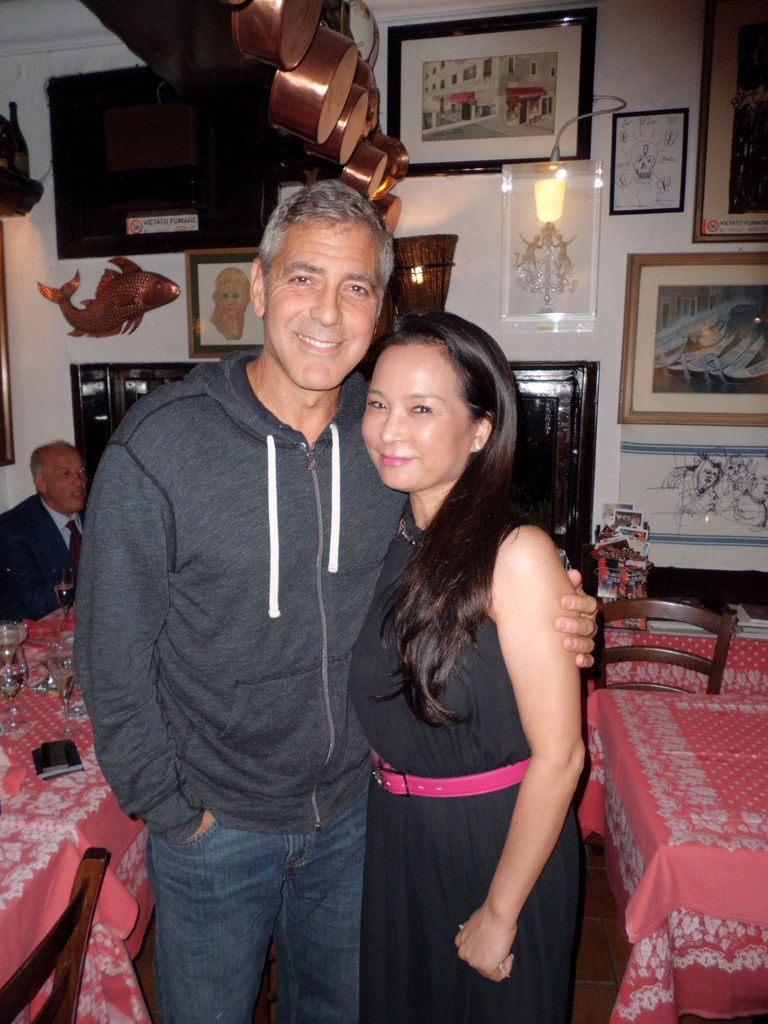George and Amal having dinner at Da Ivo in Venice Ven310
