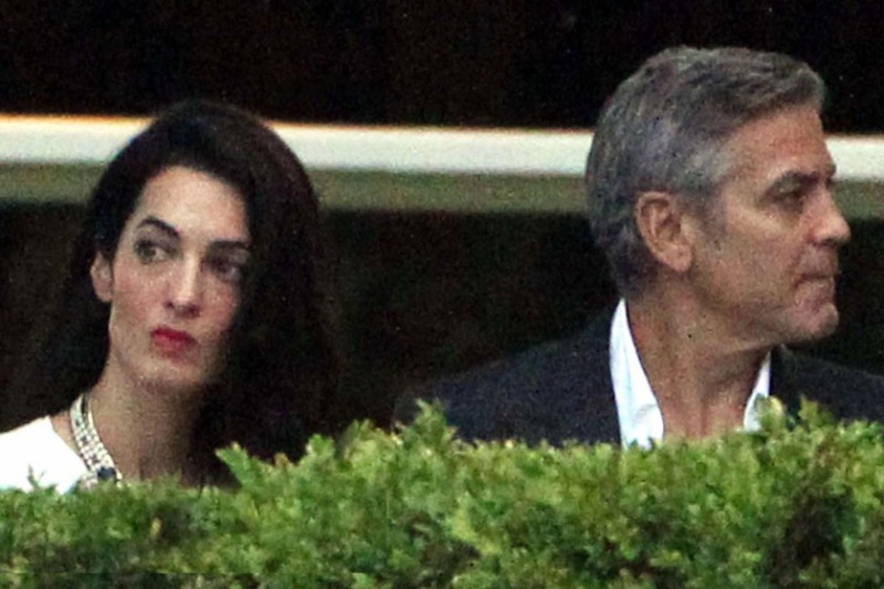 Photos surface of Clooney and Amal scouting wedding venues at Lake Como - Page 2 Ven610