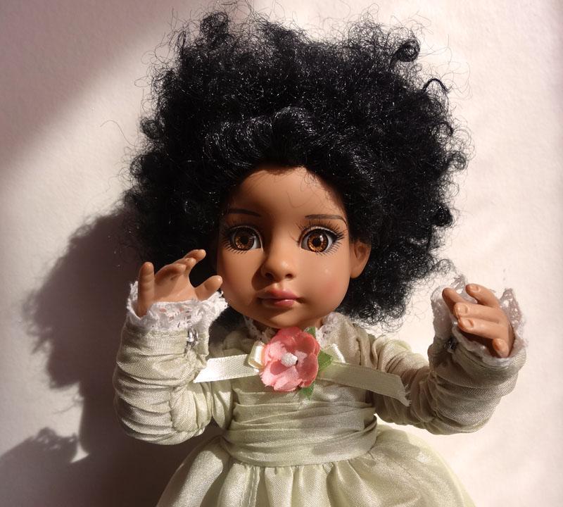 Trixie et mes poupées noires frisées 135