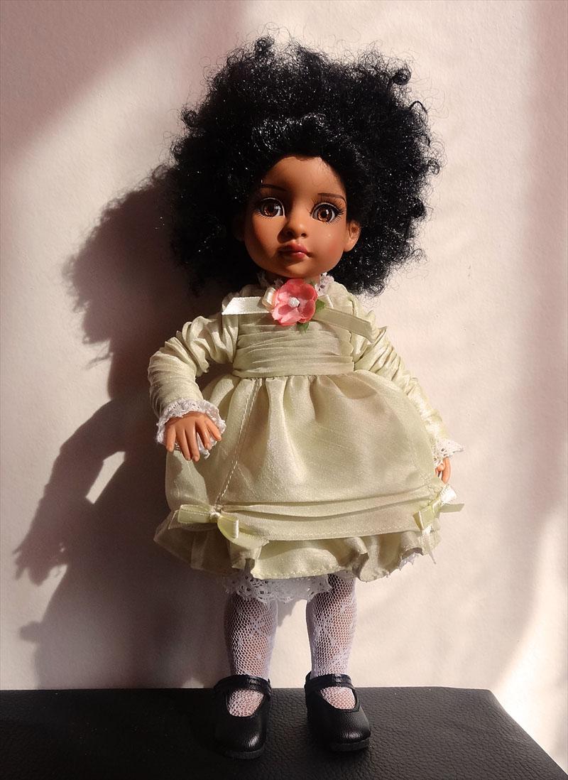 Trixie et mes poupées noires frisées 230
