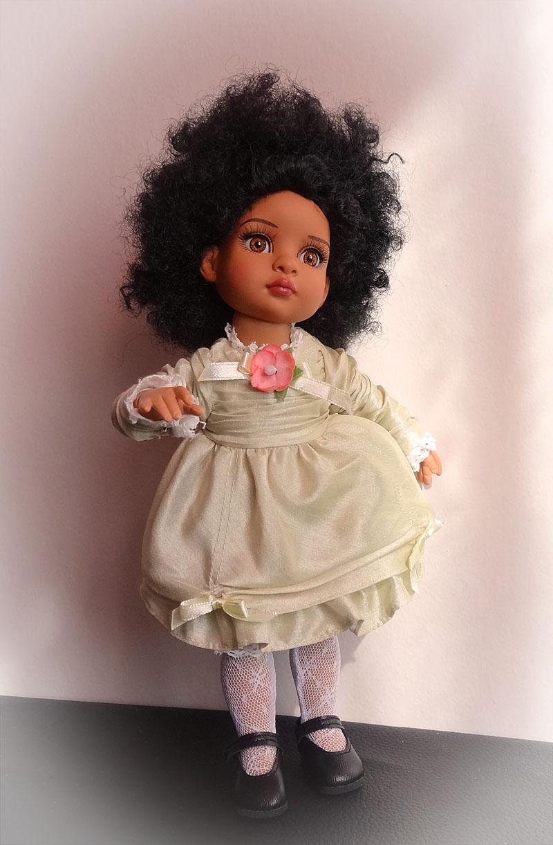Trixie et mes poupées noires frisées 327