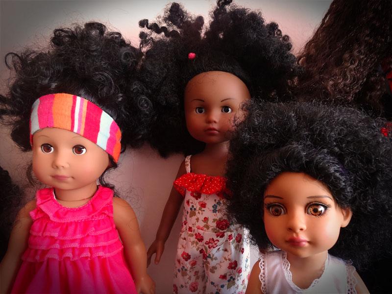 Trixie et mes poupées noires frisées 426