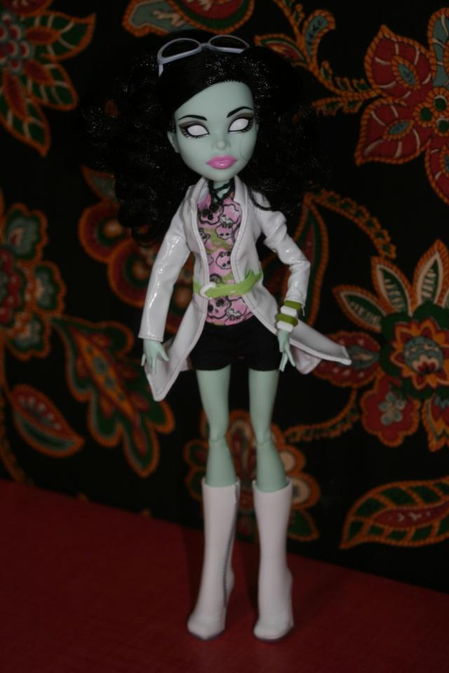 Mes Shootings de Monster High... Img_0733
