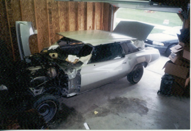 Update :1973 Monte Carlo Body off frame resto Scanne22