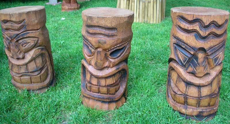 statue Tiki en Bois ou Pierre Img_mi10