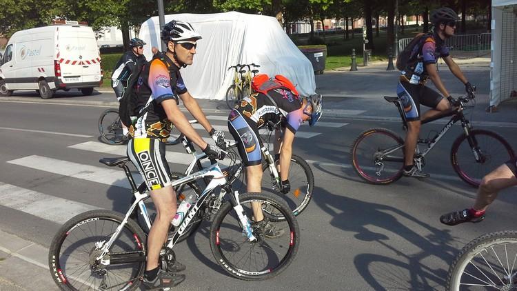 St Quentin fête du vélo 22/06/14 - Page 2 20140610