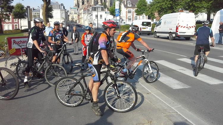 St Quentin fête du vélo 22/06/14 - Page 2 20140612
