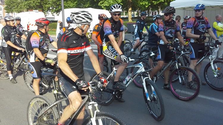 St Quentin fête du vélo 22/06/14 - Page 2 20140614