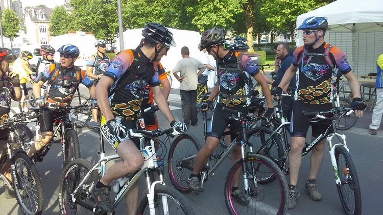 St Quentin fête du vélo 22/06/14 - Page 2 20140615