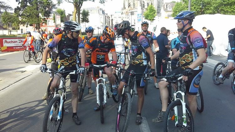 St Quentin fête du vélo 22/06/14 - Page 2 20140616
