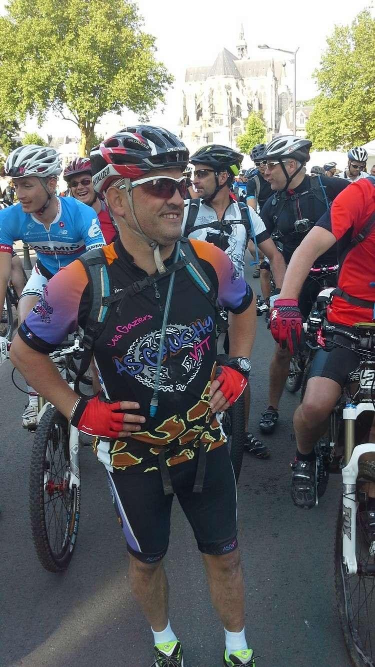 St Quentin fête du vélo 22/06/14 - Page 2 20140620